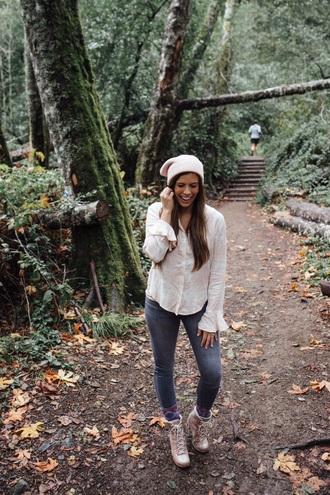 mint arrow blogger top jeans hat shoes