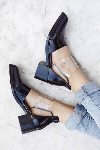 shoes our favorite accessories 2015 cut-out transparent see through clear transparent shoes black black shoes cut out shoes cut out ankle boots shiny booties minimalist minimalist shoes patent shoes