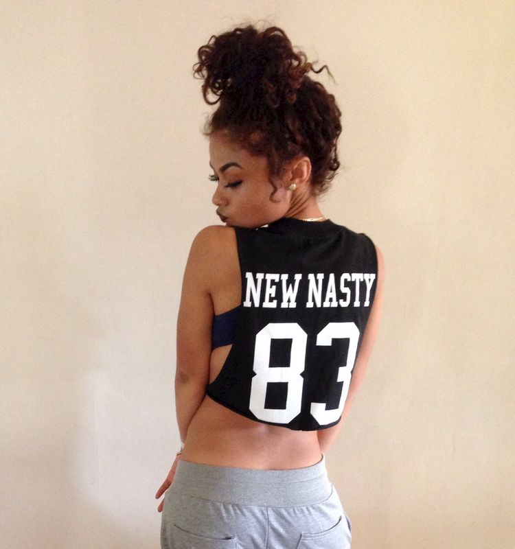 NN TEAM CROP TANK - NEW NASTY