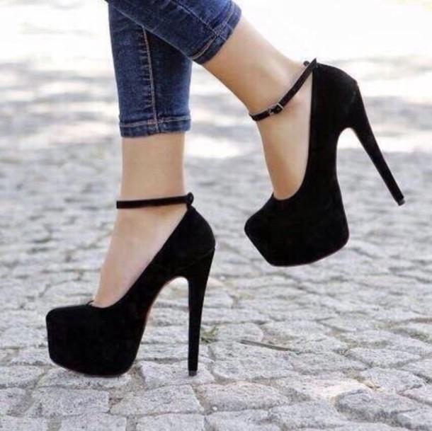 Shoes, 32£ at shoespie.com , Wheretoget