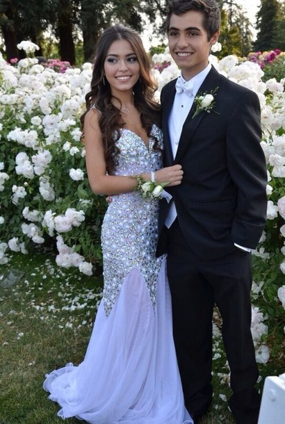Matching wedding dresses and tuxedos bridesmaid dresses for Consignment wedding dresses richmond va
