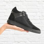 shoes,maniere de voir,sneakers,trainers,snake,pony,fur,mid top,black,suede