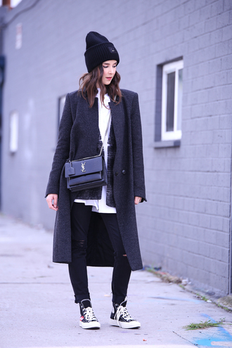 inspades blogger hat shirt jacket coat jeans bag shoes winter outfits beanie ysl bag sneakers grey coat
