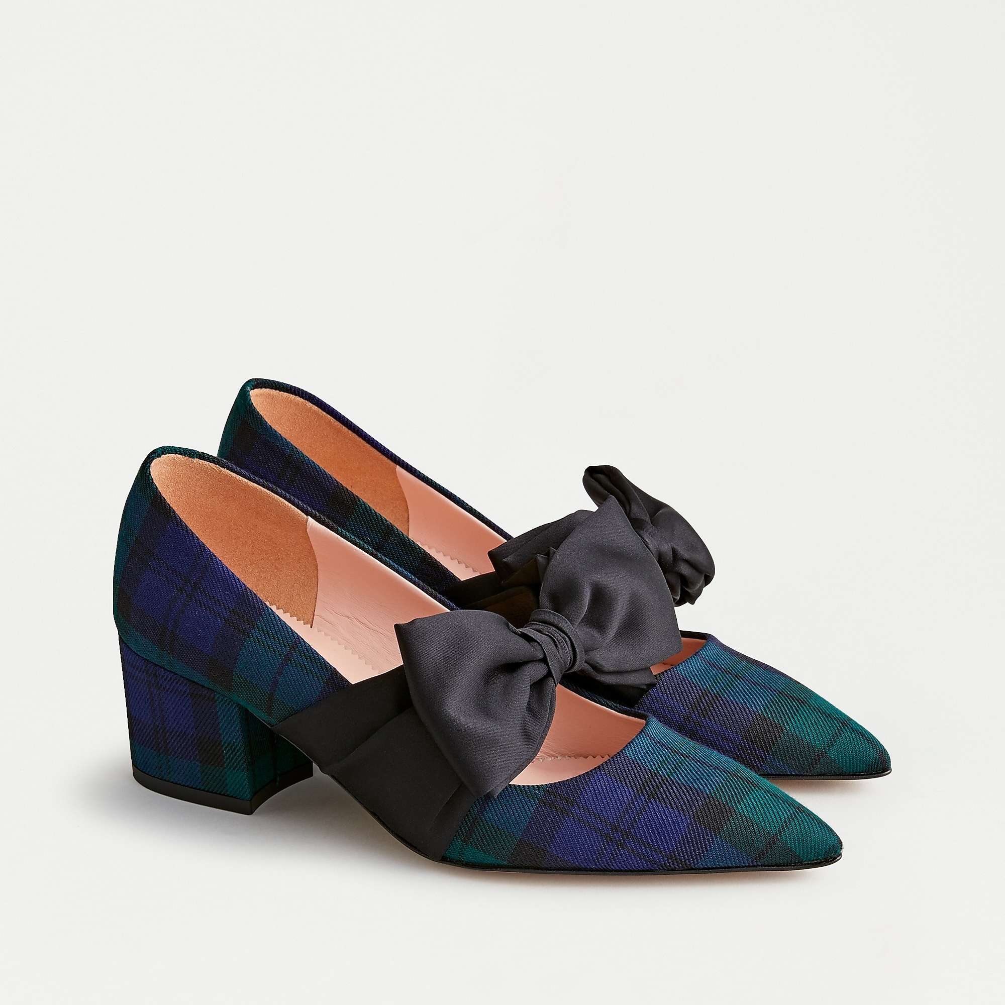 Laney pumps with bow in Black Watch tartan