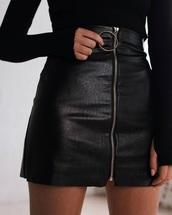 skirt,black,leather,ring,zip,cute