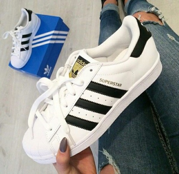 femyo adidas Originals -Superstar foundation J Ftwr White   Core Black 0949372e844