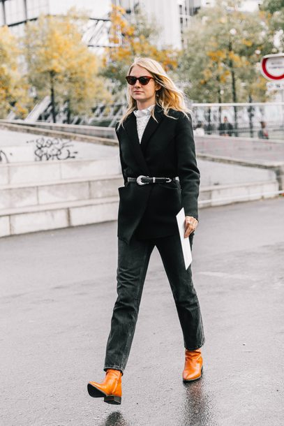 shoes tumblr boots streetstyle brown boots jeans denim black jeans coat black coat sunglasses cat eye