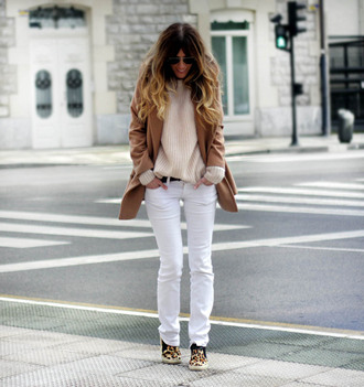 rebel attitude blogger white jeans knitted sweater