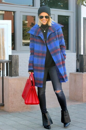 ripped jeans coat the courtney kerr blogger sunglasses tartan red bag black shoes
