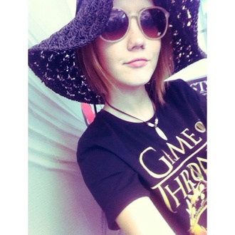 hat black sun sun hat sunglasses game of thrones print tee t-shirt jewels straw hat