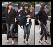 jeans,kourtney kardashian,keeping up with the kardashians