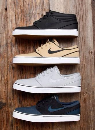 shoes black nikes nike nike sb
