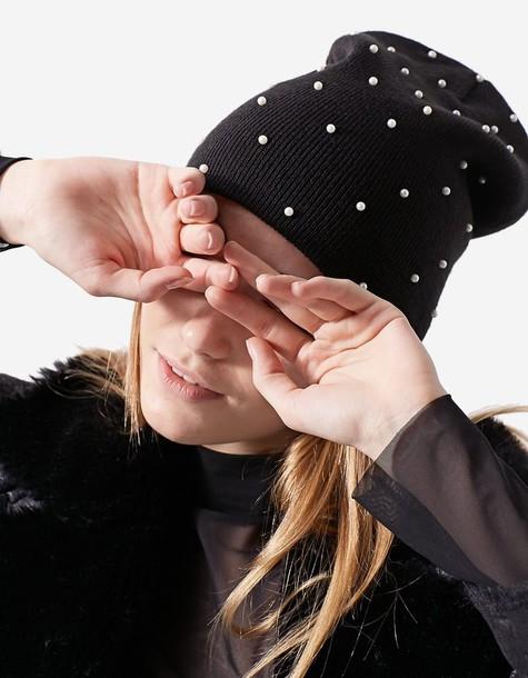 Stradivarius pearl hat black
