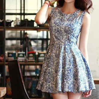 dress floral flowers blue dress white dress white blue skirt hipster hippie cute dress cute high heels girly ariana grande fashion