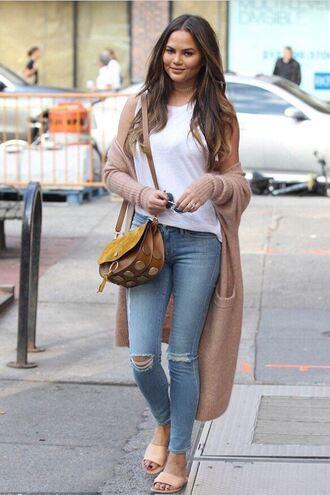 cardigan top jeans chrissy teigen fall outfits purse model streetstyle