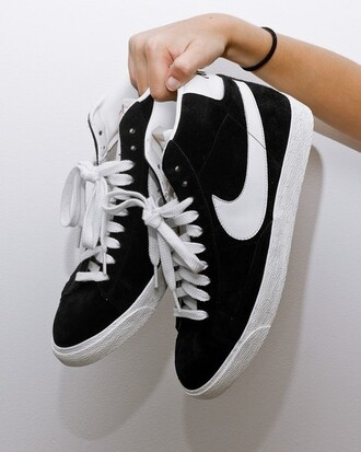 shoes nike nike shoes nike hightops high top sneakers tumblr hipster black and white
