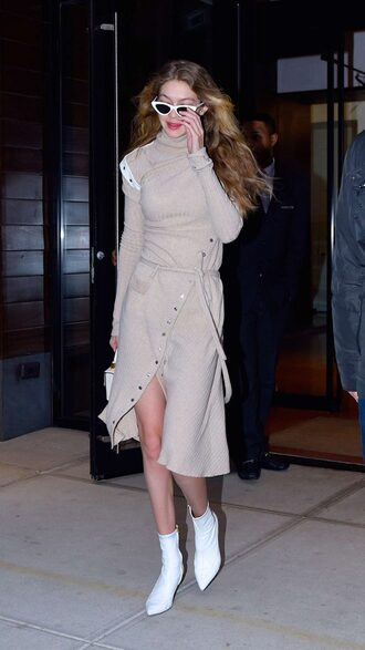 dress spring outfits gigi hadid model off-duty midi dress ankle boots nude dress
