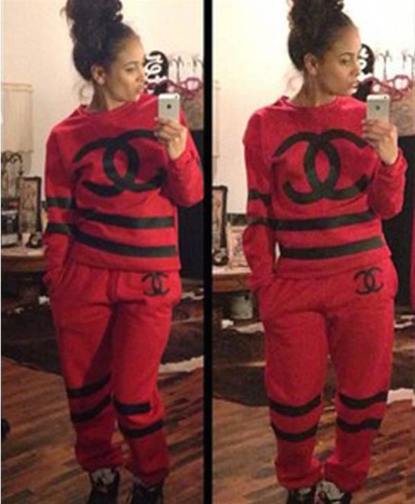 sweater chanel