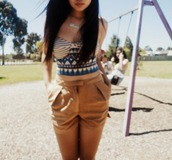 triable cute shirt,kaki high wasted shorts,jeans,shorts,shirt,t-shirt