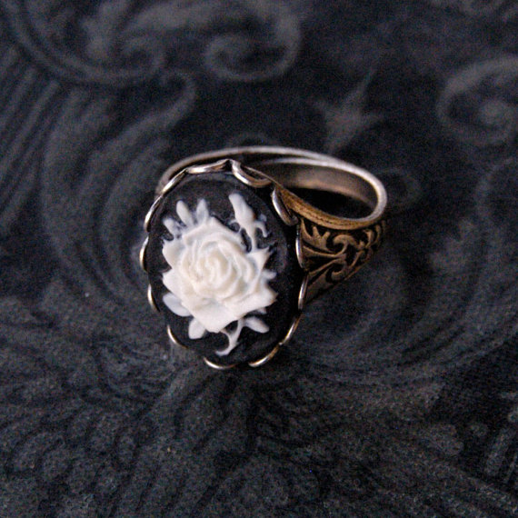 Black Rose Cameo Ring  Silver by ragtrader on Etsy