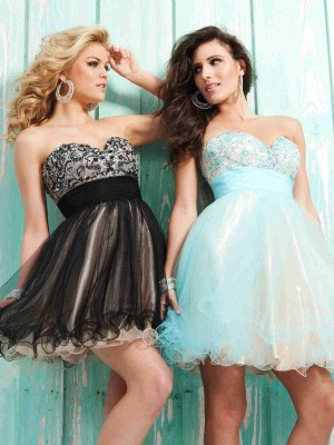 Sweetheart Short Black Tulle A Line Homecoming/Cocktail Dress Otb0002