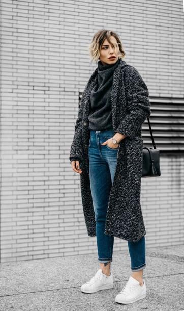 cardigan tumblr grey cardigan long cardigan sweater grey sweater turtleneck turtleneck sweater denim jeans blue jeans sneakers white sneakers low top sneakers bag black bag shoulder bag