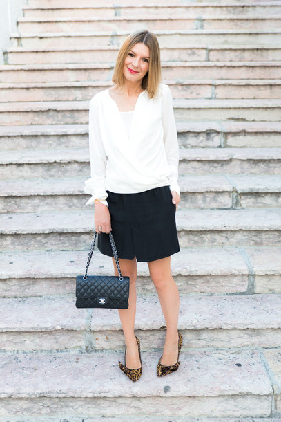 the working girl blogger blouse jacket bag jewels
