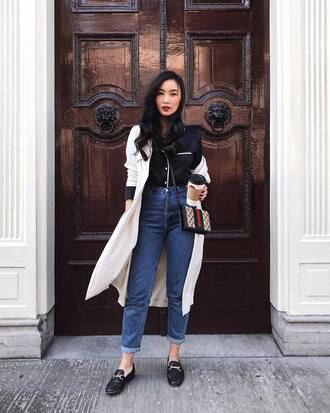 jeans coat tumblr mom jeans denim blue jeans shoes loafers shirt black shirt white coat bag