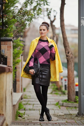 the bow-tie blogger sweater yellow coat gingham leather skirt