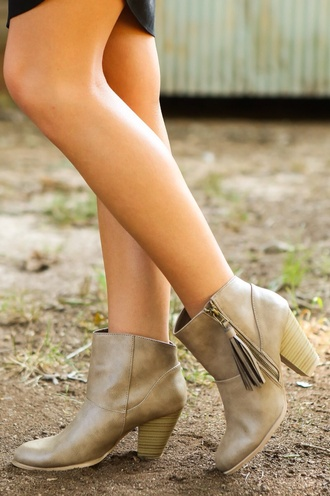 shoes tassel taupe booties