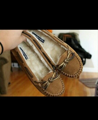 moccasins brown moccasins comfy comfortable warm fall colors cute shoes footwear fall shoes