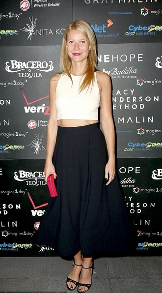 top skirt sandals gwyneth paltrow crop tops