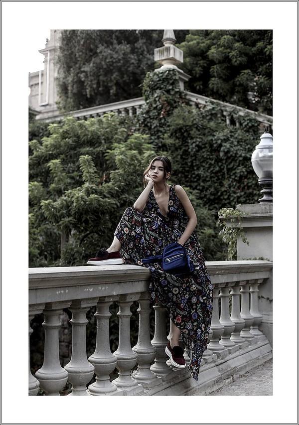 fake leather blogger shoes jacket bag dress belt fall outfits maxi dress slip on shoes