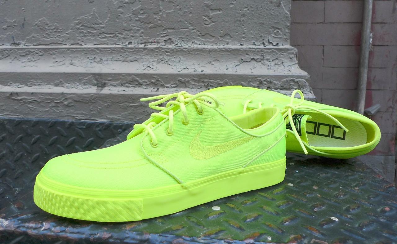 nike janoski neon yellow