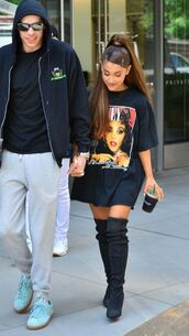 shoes,boots,ariana grande,black,t-shirt,top,celebrity