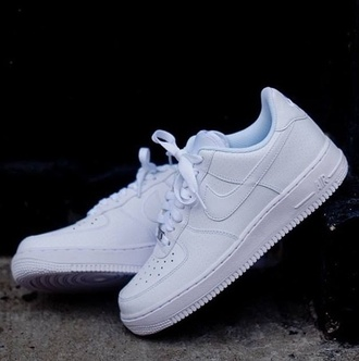 shoes nike shoes nike white white shoes nike air force 1 white sneakers socks needed howmuch