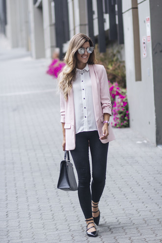 chicstreetstyle blogger jacket top jeans sunglasses jewels bag fall outfits skinny jeans handbag blazer pink jacket white shirt