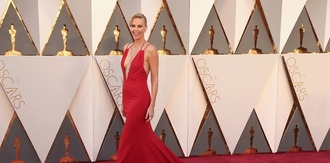 helena bordon blogger red dress red carpet dress oscars charlize theron party dress