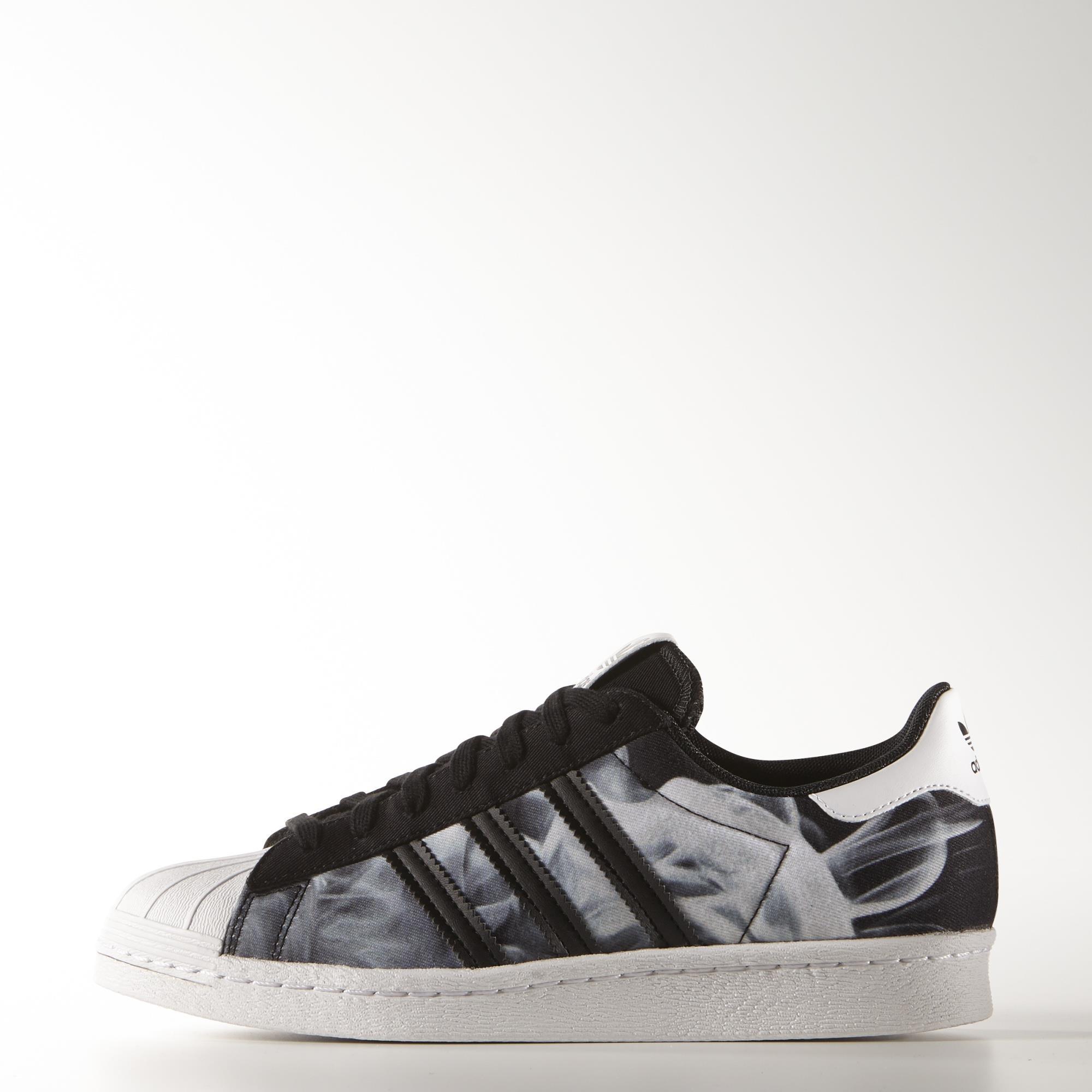 zwarte adidas sneakers superstar 80s