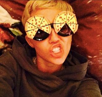 sunglasses pizza miley cyrus funny