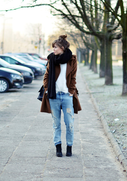 jeans blue jeans sweater jestem kasia shoes scarf