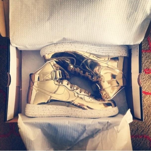 shoes nike metallic gold metalic gold