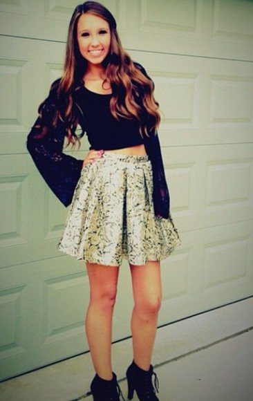 skirt skater skirt circle skirt black patterned skirt crop tops black crop top lace