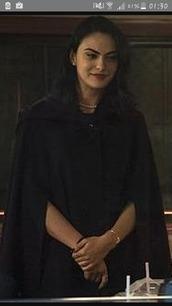 coat,cape,mantle,riverdale,veronica lodge,dark,black,goth,girl,jacket