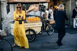 dress fashion week street style fashion week 2016 fashion week milan fashion week 2016 yellow dress maxi dress long sleeve dress belt sunglasses black sunglasses streetstyle flats leopard print