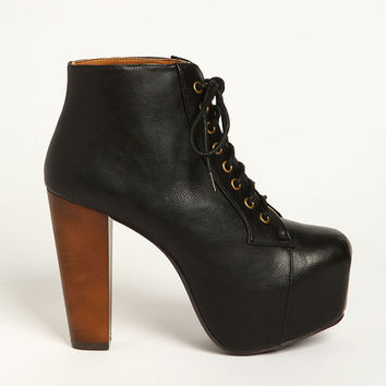 PLATFORM LACE UP BOOT on Wanelo