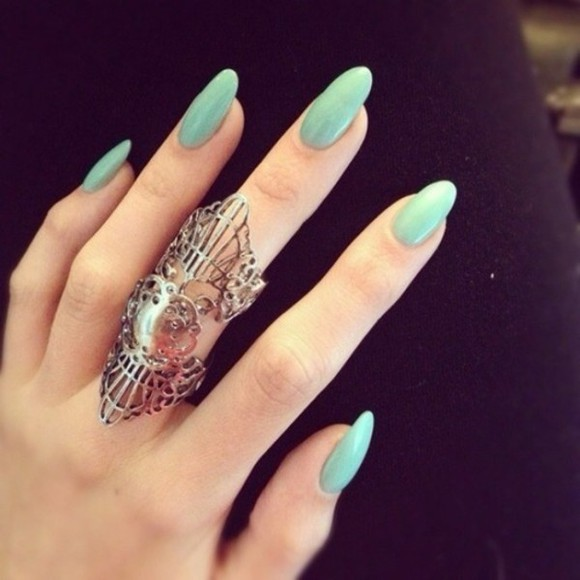 teal ring nail polish