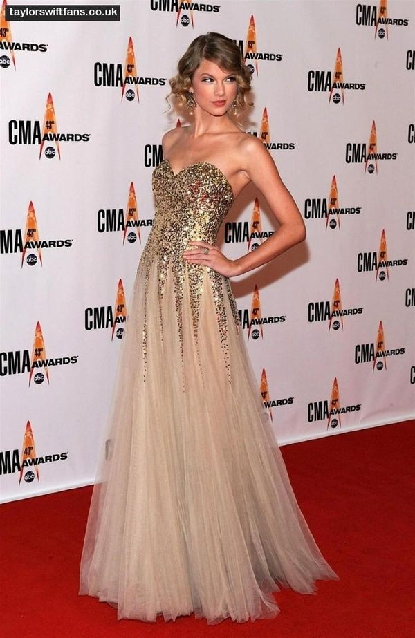 dress sequins gown taylor swift sweethearts