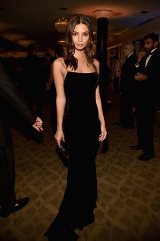 dress black dress emily ratajkowski velvet velvet dress model off-duty golden globes 2018