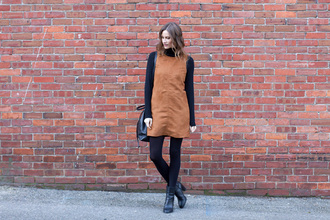 styling my life blogger suede dress shift dress